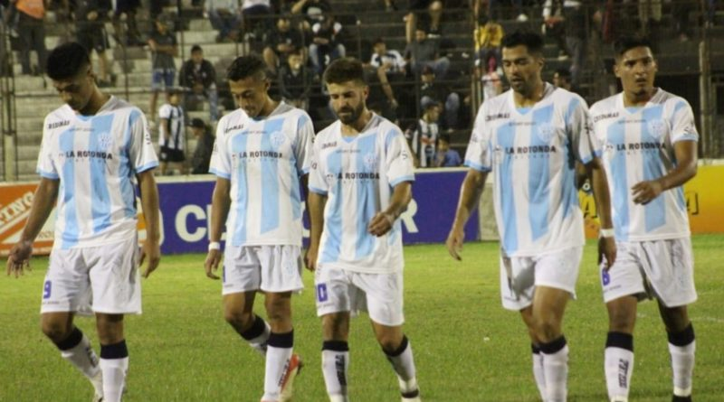 Gimnasia cerró el año con una derrota en Chaco
